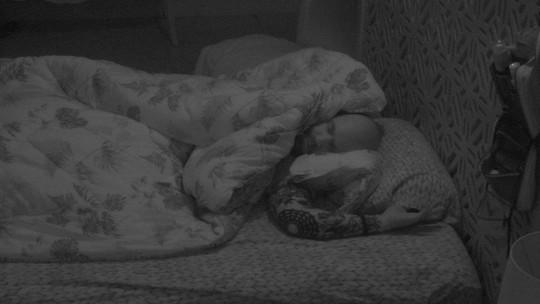 Todos os brothers descansam na casa do BBB18