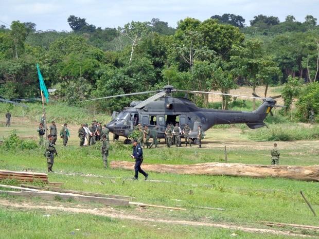 Uma simulação com a Marinha, Exército e Aeronáutica foi realizada em Iranduba (Foto: Cleiton Pascarelli/TV Amazonas)