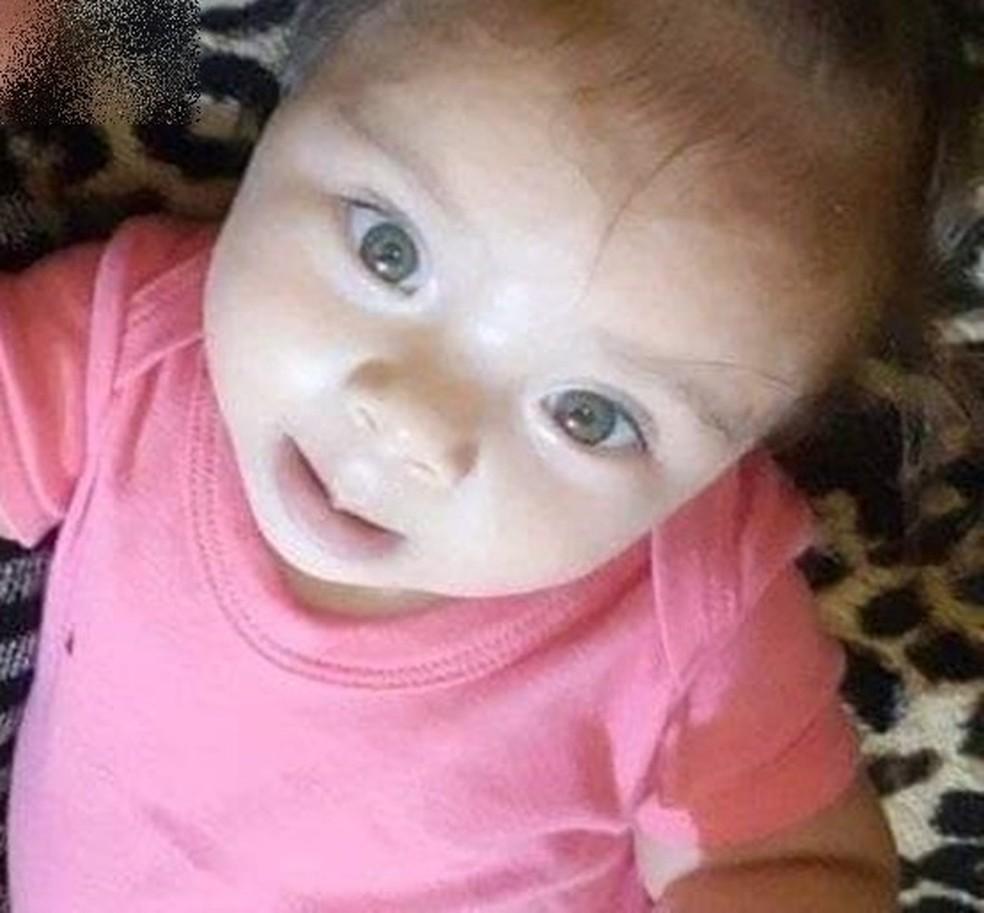 Menina de 10 meses foi morta a tiros em Toritama — Foto: Arquivo pessoal
