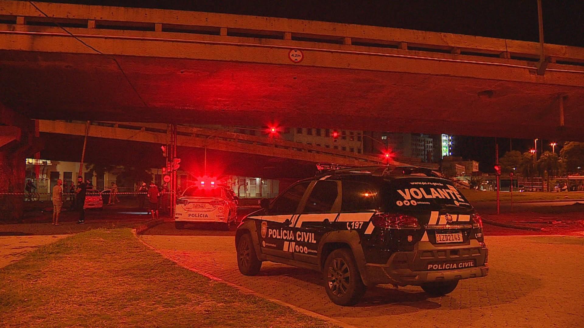 Três pessoas morrem em acidente de trânsito após perseguição policial em Porto Alegre