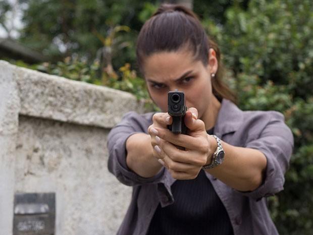 Fernanda Machado como a delegada Andreia na série Impuros (Foto: Divulgação)