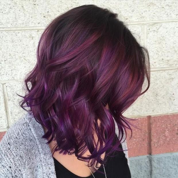 Blackberry hair é a cor que teve um aumento considerável de busca (Foto: Reprodução / Pinterest)