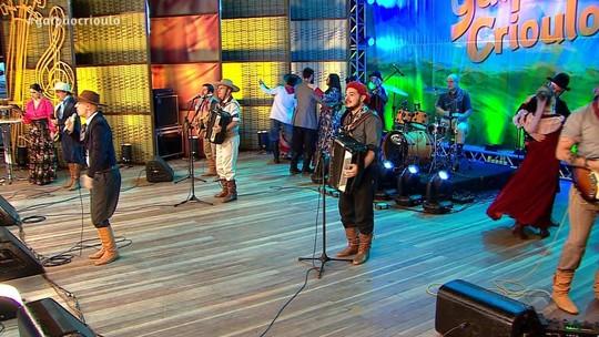 Fenadoce recebeu as atrações do 'Galpão Crioulo'; reveja o programa na íntegra