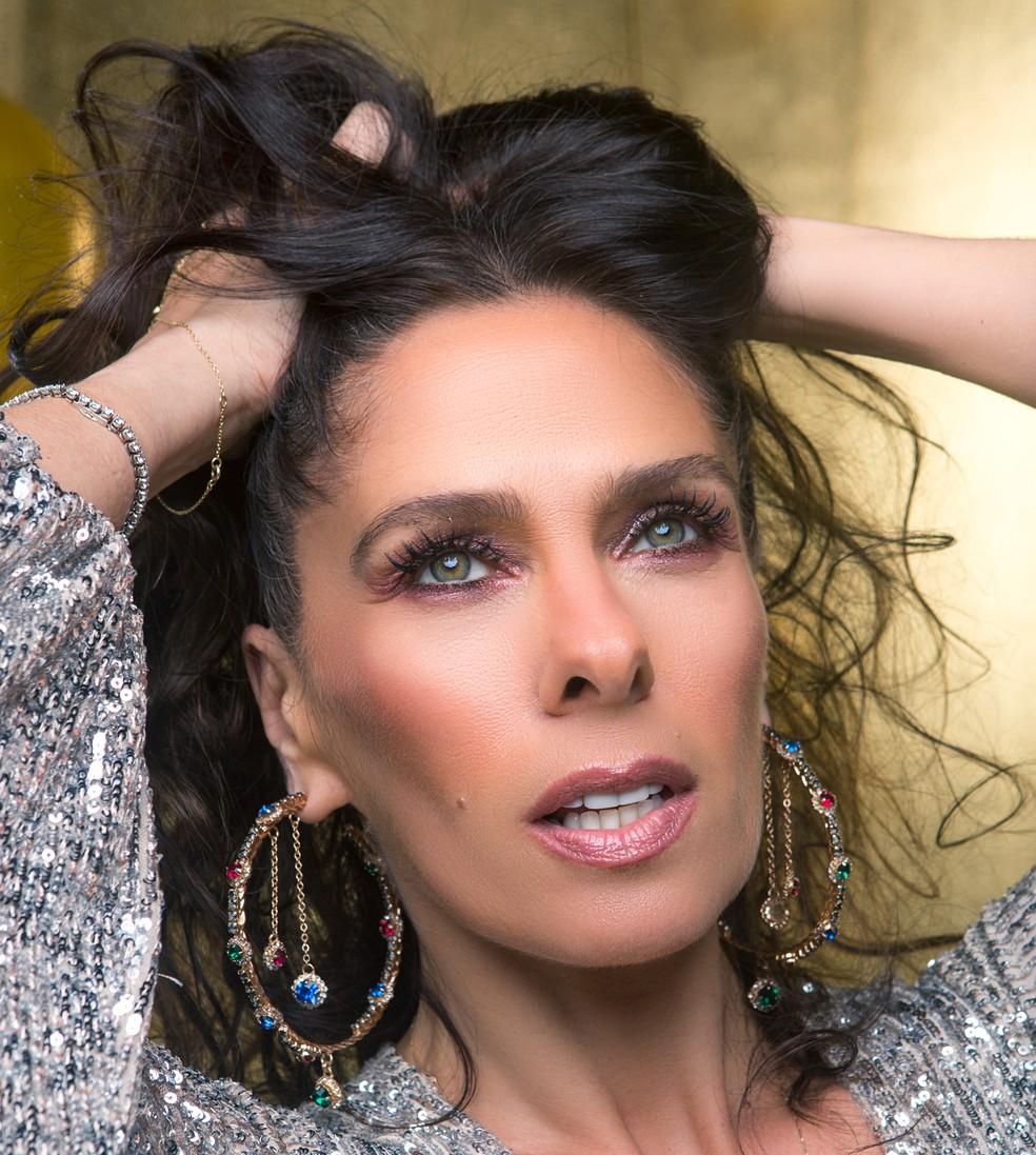 5b725de71 ... Adriane Galisteu fala sobre mudança de visual e carreira na TV — Foto   Fabiano Battaglin