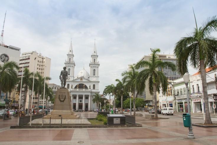 Trânsito no Centro de Campos, RJ, terá interdições para montagem da decoração de Natal - Noticias