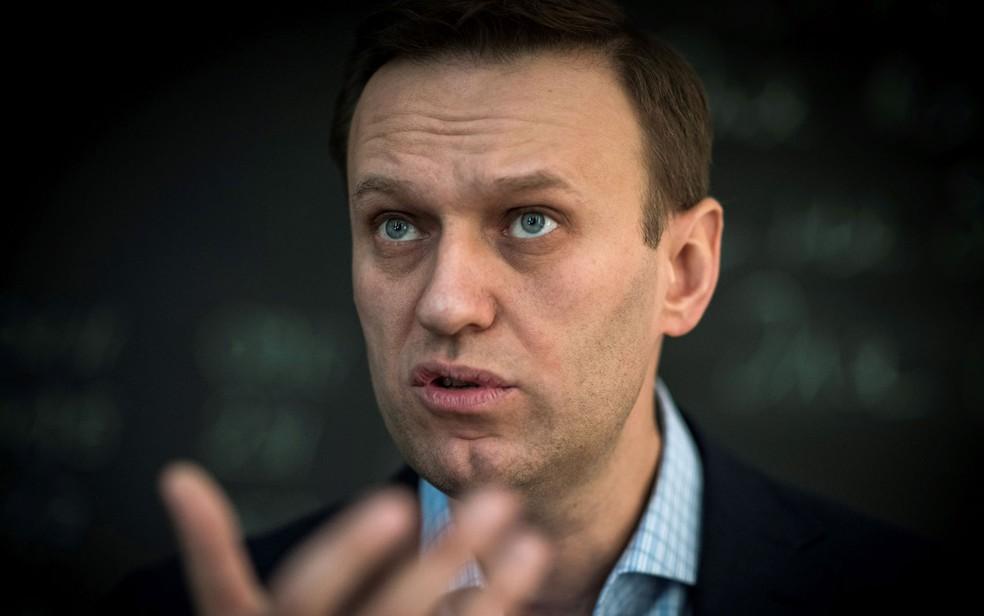 Navalny chamou o partido governista Rússia Unida de 'partido dos pilantras e ladrões' (Foto: Mladen Antonov/AFP)