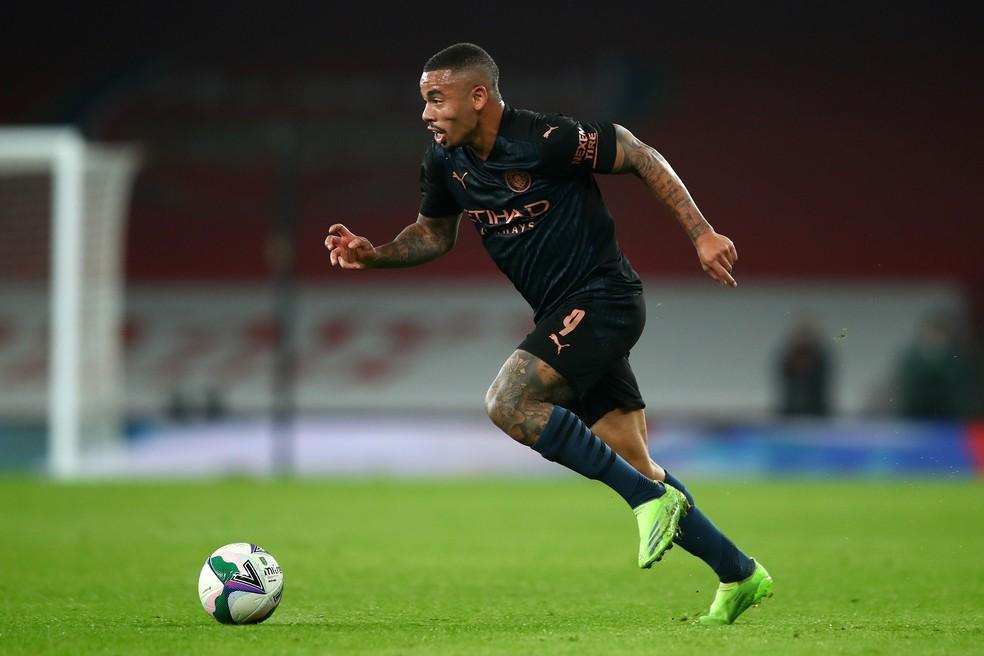 Gabriel Jesus interrompeu jejum de gols diante do Arsenal, nesta semana — Foto: Getty Images