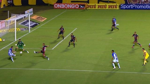 Paulo Sérgio faz o gol da vitória do CSA