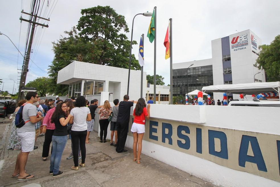 Provas do Sistema Seriado de Avaliação são realizadas pela Universidade de Pernambuco (Foto: Marlon Costa/Pernambuco Press)