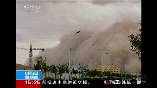Grande tempestade de areia atinge a Mongólia Interior, território autônomo da China