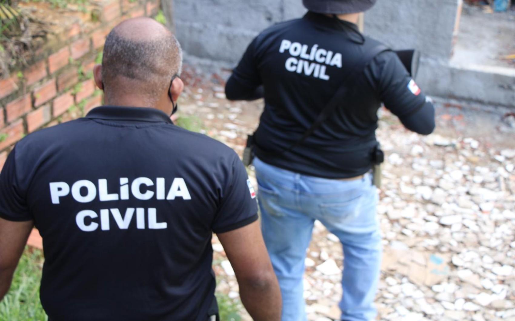 Padrasto é preso suspeito de estuprar menina de oito anos em Simões Filho; mãe da vítima flagrou o ato criminoso