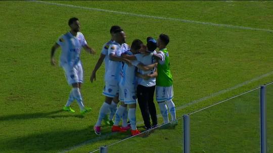 O gol de Paysandu 1 x 0 Londrina pela 2ª rodada da série B do Campeonato Brasileiro