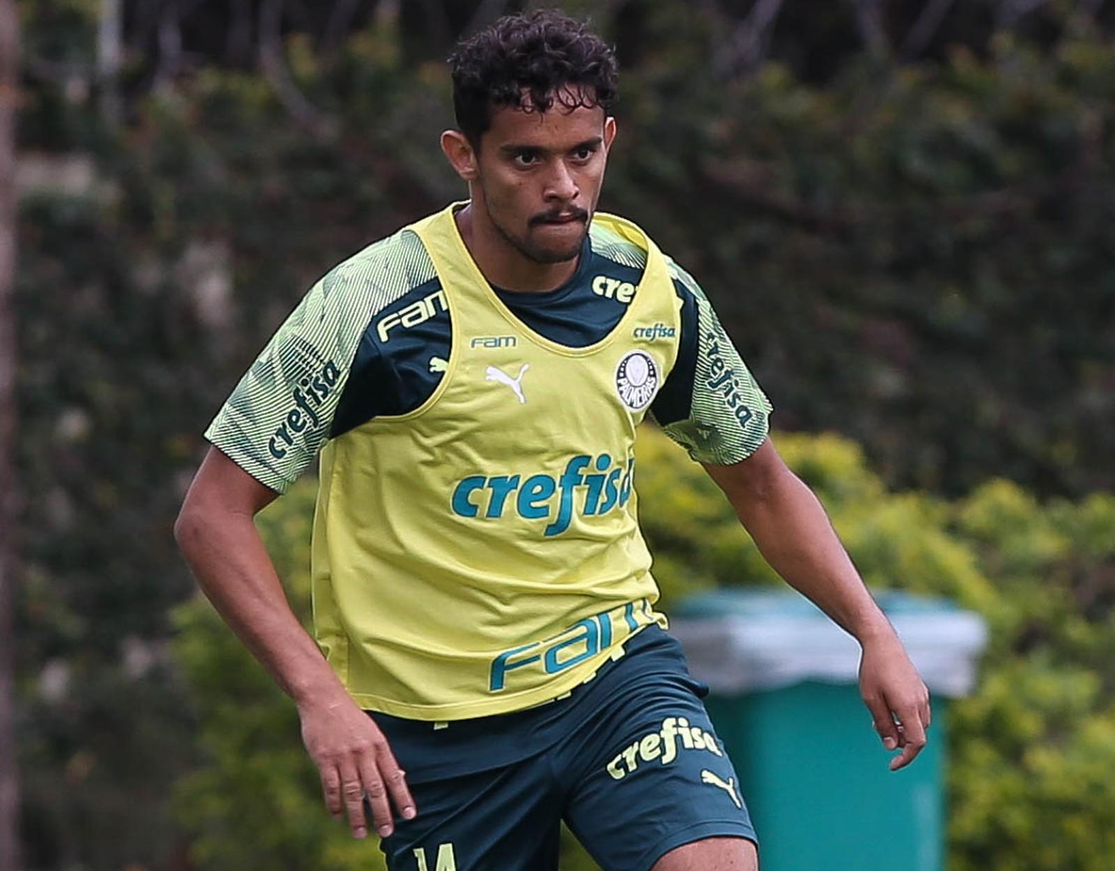 Almería suspende negociação com o Palmeiras por Gustavo Scarpa