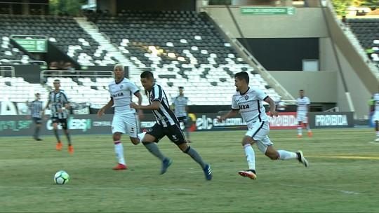 Rhayner recebe terceiro cartão amarelo e desfalca Vitória contra o Inter
