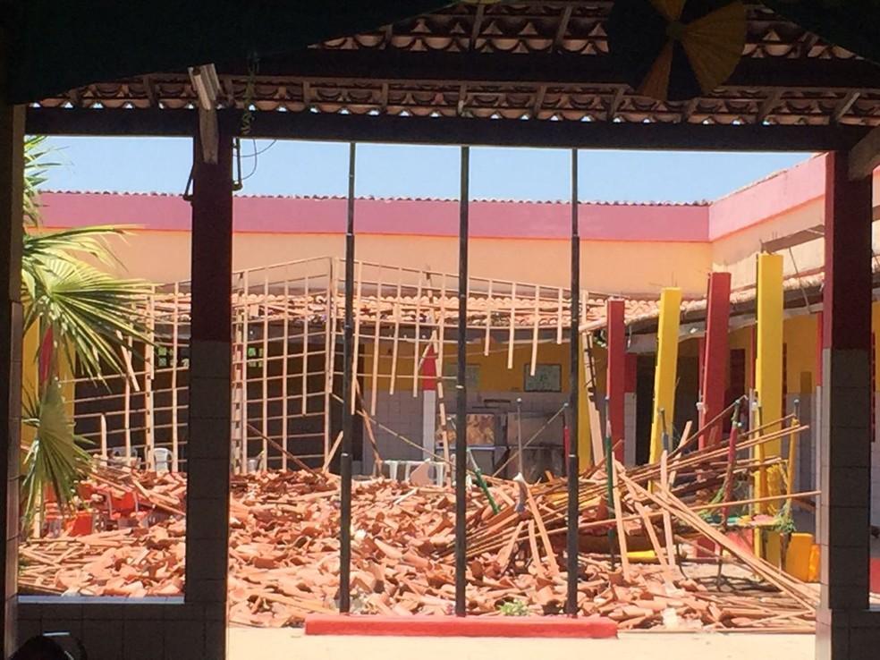Escola Antônio Custódio Azevedo  fica no Distrito de Aprazível (Foto: Mateus Ferreira)