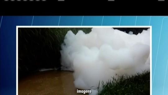 Abastecimento de água é cortado em Ponto dos Volantes e Itaobim após acidente com carreta de produtos químicos