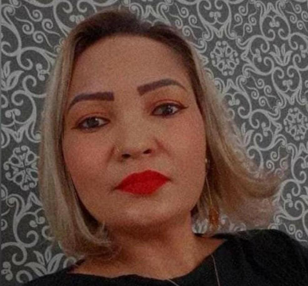 Luciana Lima de Matos foi achada morta em uma estrada do Acre — Foto: Arquivo pessoal