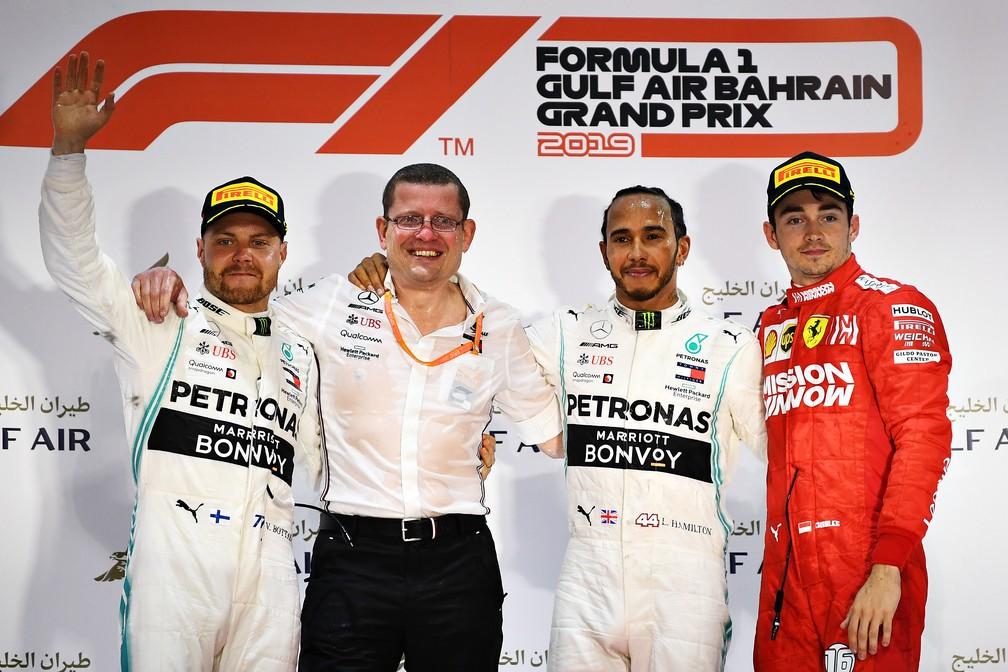 Bottas, Hamilton e Leclerc no pódio no Barein — Foto: Getty Images