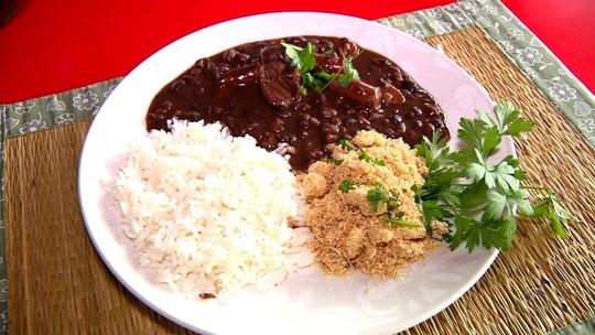 Shana Müller prepara receita de Feijão Encorpado no quadro Cozinha de Galpão