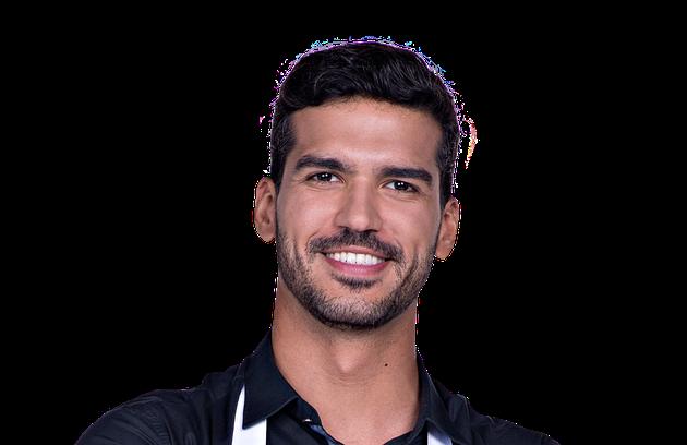 Vinícius, de 31 anos, de Goiânia (GO), é consultor de marketing. Apaixonado por motos, sonha abrir um restaurante temático para motociclistas (Foto: Divulgação)