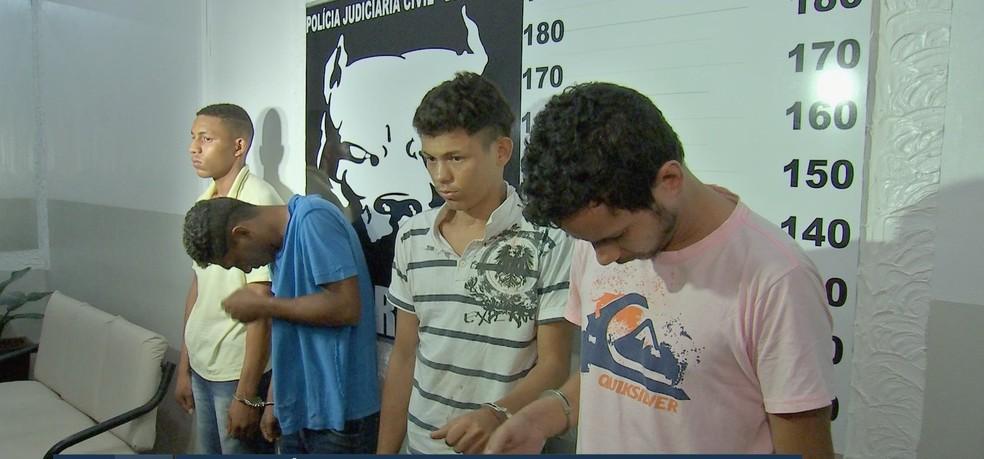 Assaltantes foram presos suspeitos de matarem motorista de aplicativo em Várzea Grande — Foto: TV Centro América