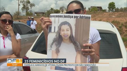 Família de vítima de feminicídio faz protesto em São Sebastião
