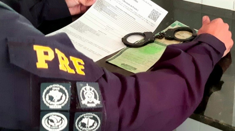 PRF prende suspeito de envolvimento em assaltos a grandes lojas em Santa Izabel, no PA