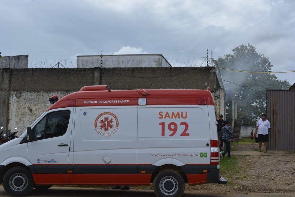 O fogo atingiu diversas celas da unidade prisional (Foto: Jeferson Carlos/G1)