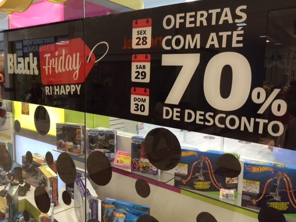 62c4487e75 ... Lojas prometem até 70% de desconto na  Black Friday  no Vale do Paraíba