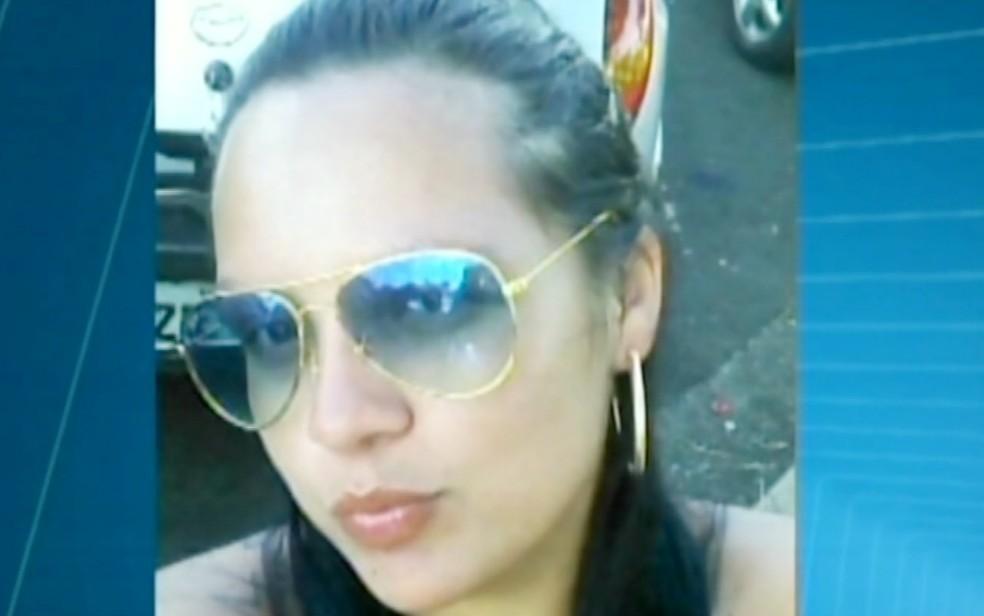 Izabella Gianvechio, de 22 anos, foi encontrada morta em Aramina (SP) em fevereiro de 2015 — Foto: Reprodução/EPTV