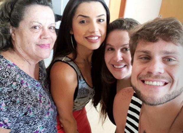 Maria Olívia, Paula, Bruna e Breno (Foto: Reprodução)