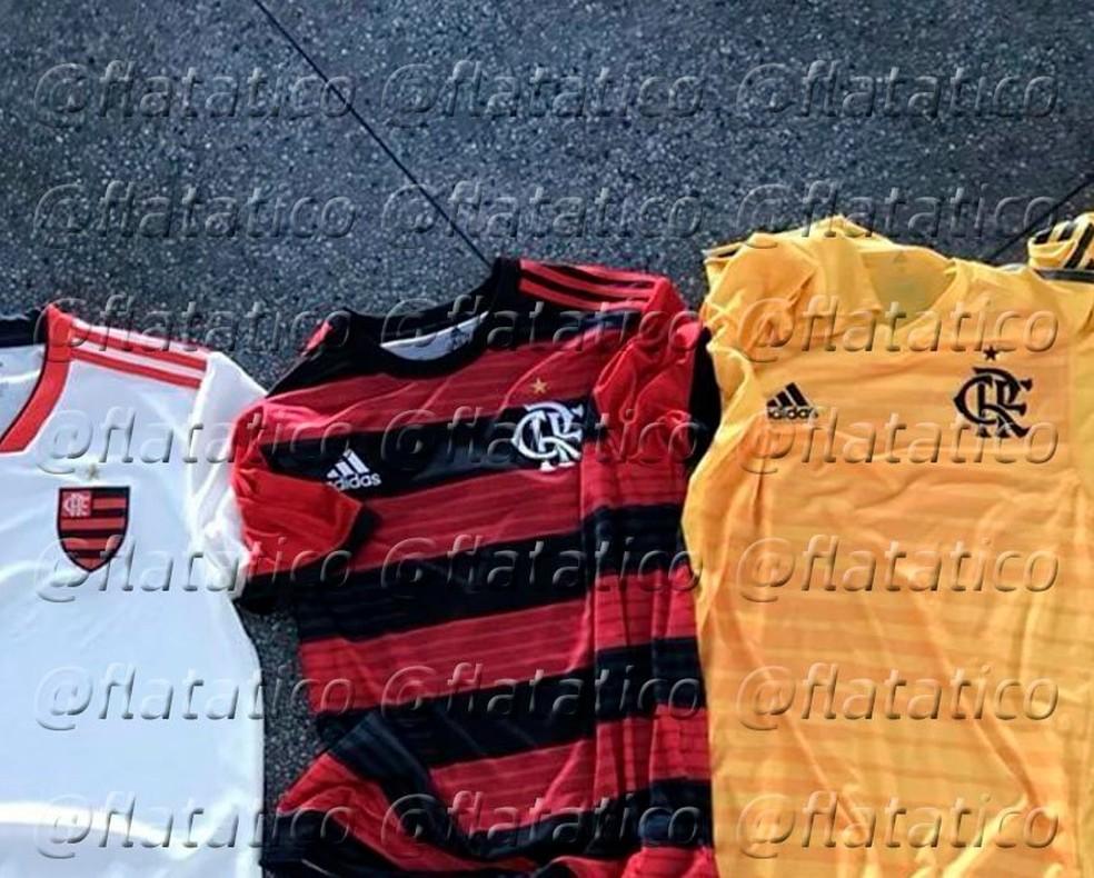 9bc89dff8f Os novos mantos  vaza na web imagem de uniformes do Flamengo ...