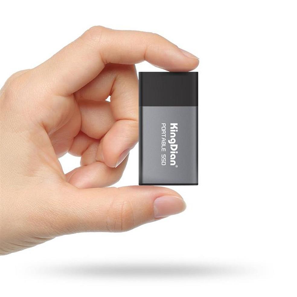 SSD portátil é pequeno e fácil de transportar — Foto: Reprodução/Kingdian