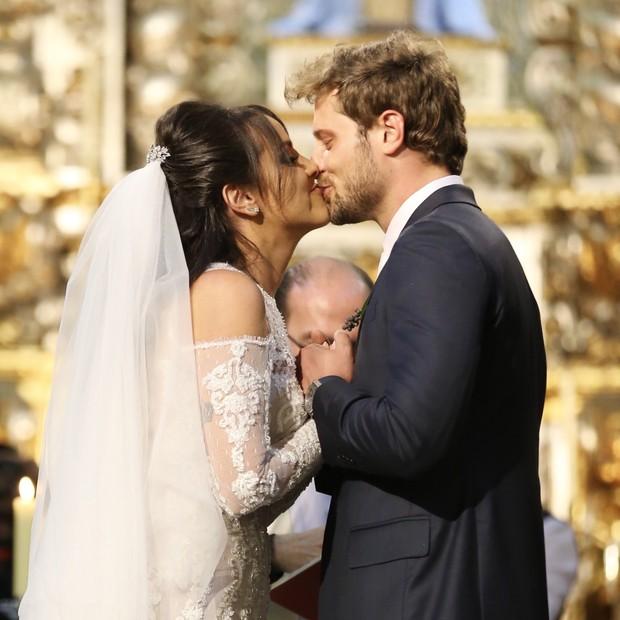Os noivos: Samara Costa e Márcio Spinelli  (Foto: Manuela Scarpa/Brazil News)