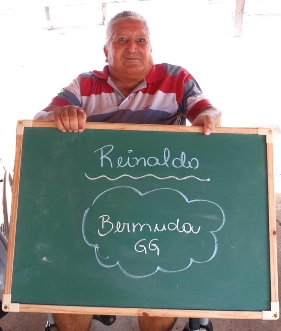 Idoso de Aquidauana (MS) pediu bermuda GG de natal  — Foto: Aurélio Miguel/Reprodução