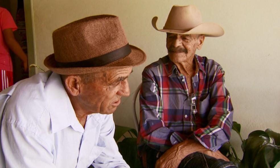 Seu José reencontrou os irmãos em Perdões (MG) após quase 70 anos (Foto: Reprodução/EPTV)