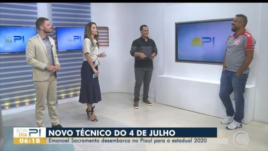 """À espera de aval do 4 de Julho, técnico confirma acerto com """"quatro nomes de confiança"""""""