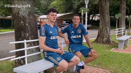 Arthur vai de mascotinho no Figueirense a sombra de Wilson no Coritiba em 10 anos