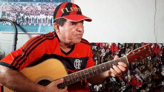 """""""Tô muito ansioso para fazer novamente essa passeata"""", disse torcedor do Flamengo, lembrando a comemoração de 81 em Guajará-Mirim, RO"""