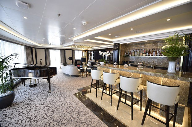 Piano bar da Regent Suite