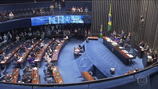 Senado derruba decisão do STF que mandou afastar Aécio Neves do mandato