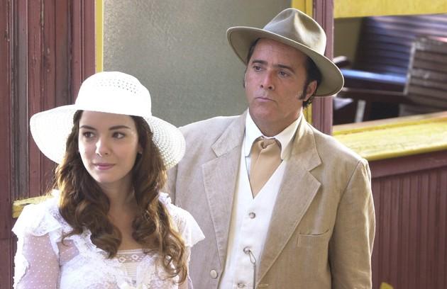 Com Regiane Alves em 'Cabocla'. O ator foi Boanerges na trama das 18h (Foto: Zé Paulo Cardeal/TV Globo)
