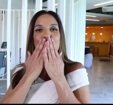 """Cantora Ivete Sangalo faz agradecimento à amiga: """"minha doutorinha do coração"""" (Foto: Reprodução Instagram)"""