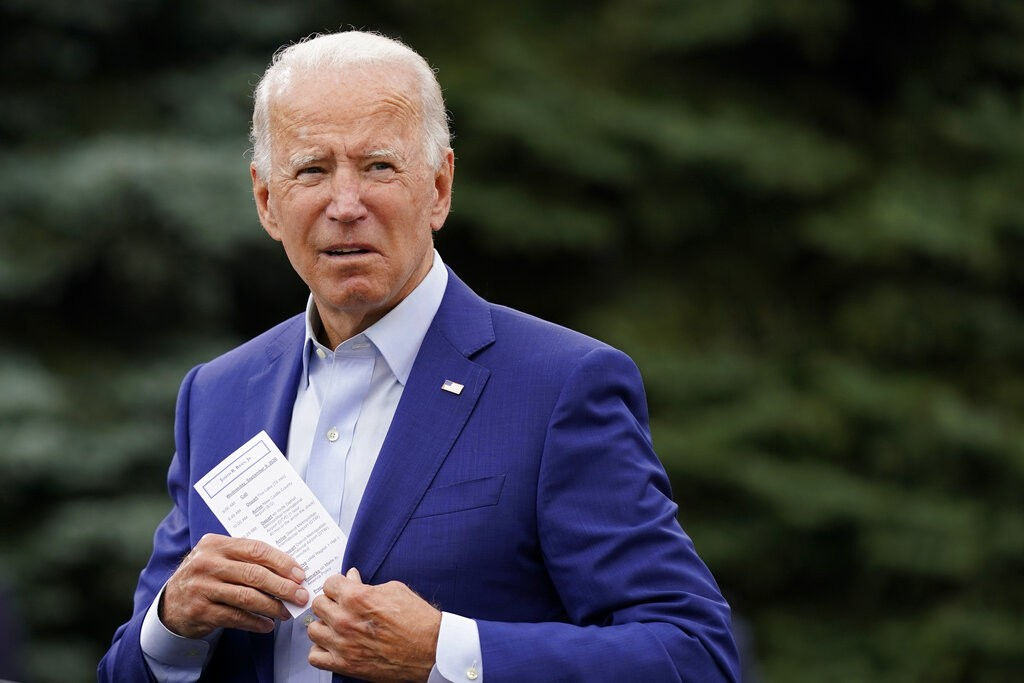Biden divulga dados do Imposto de Renda de 2019 e pede que Trump faça o mesmo