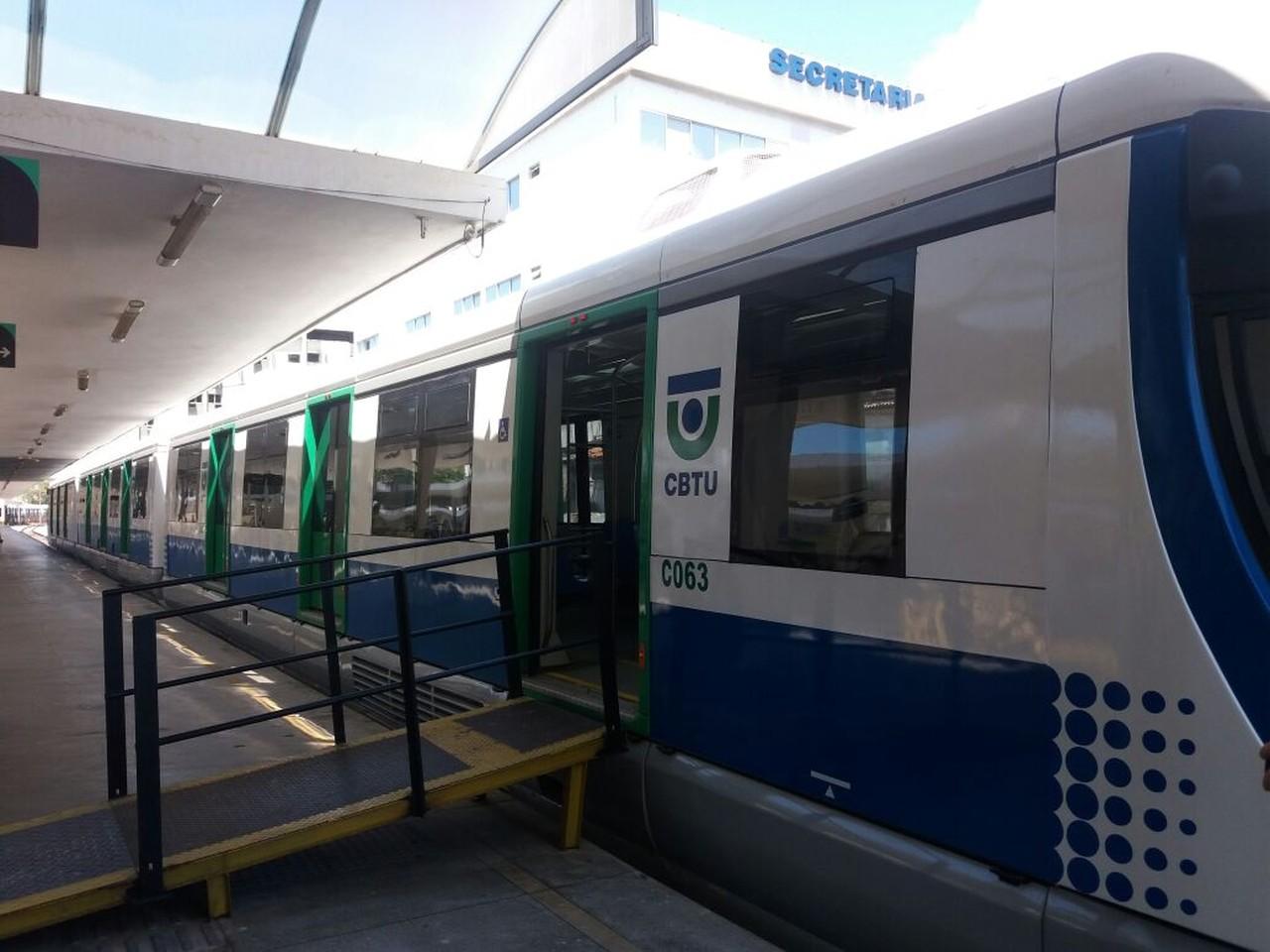 CBTU consegue na Justiça direito a retomar viagens de trens e VLT entre Maceió e Lourenço de Albuquerque — Foto: Suely Melo/G1