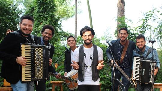 Vocalista da banda Os Gonzagas fala do assédio e vontade de ter filhos: 'Pretendo ter em breve'