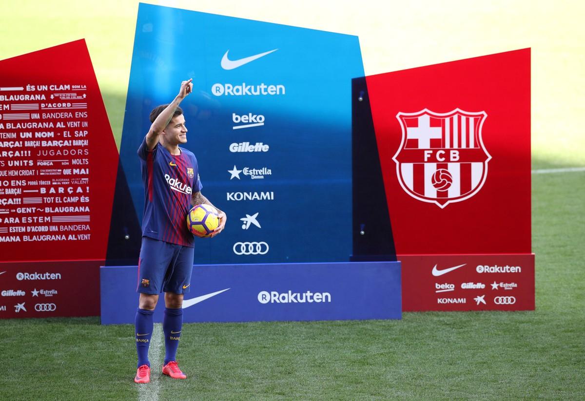 138c55d900 Barcelona quebra recorde e gasta quase dobro que Real nos últimos cinco  anos