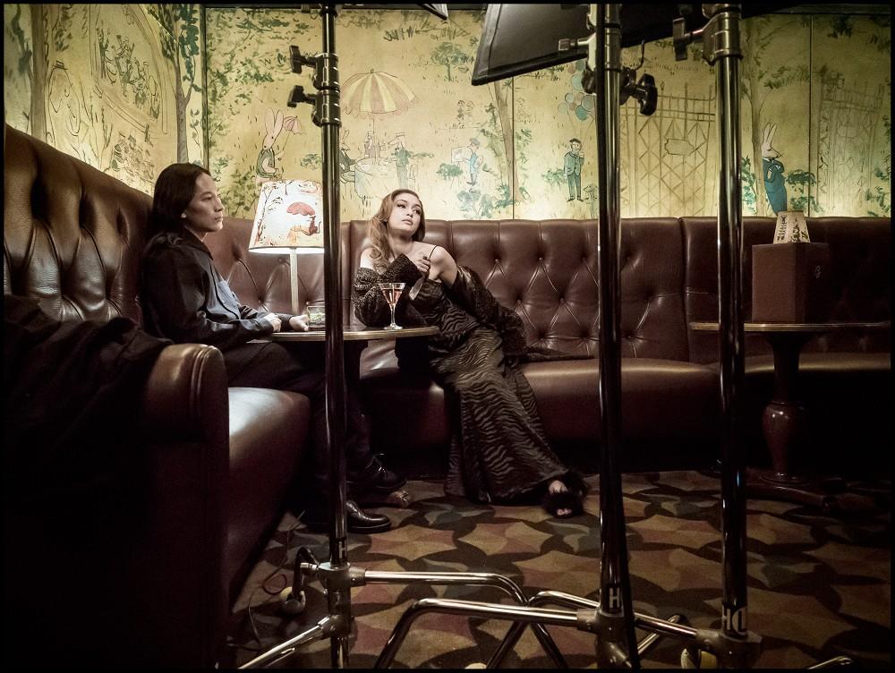 Gigi Hadid e Alexander Wang posam para Albert Watson (Foto: Albert Watson/Divulgação)