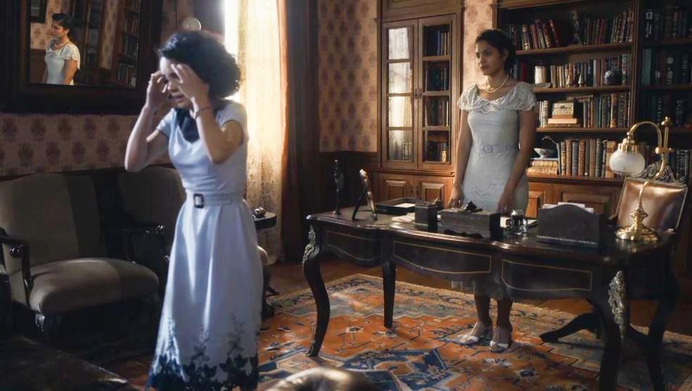 Inês (Carol Macedo) fica nervosa ao descobrir que foi enganada pela mãe em 'Éramos Seis' — Foto: Globo