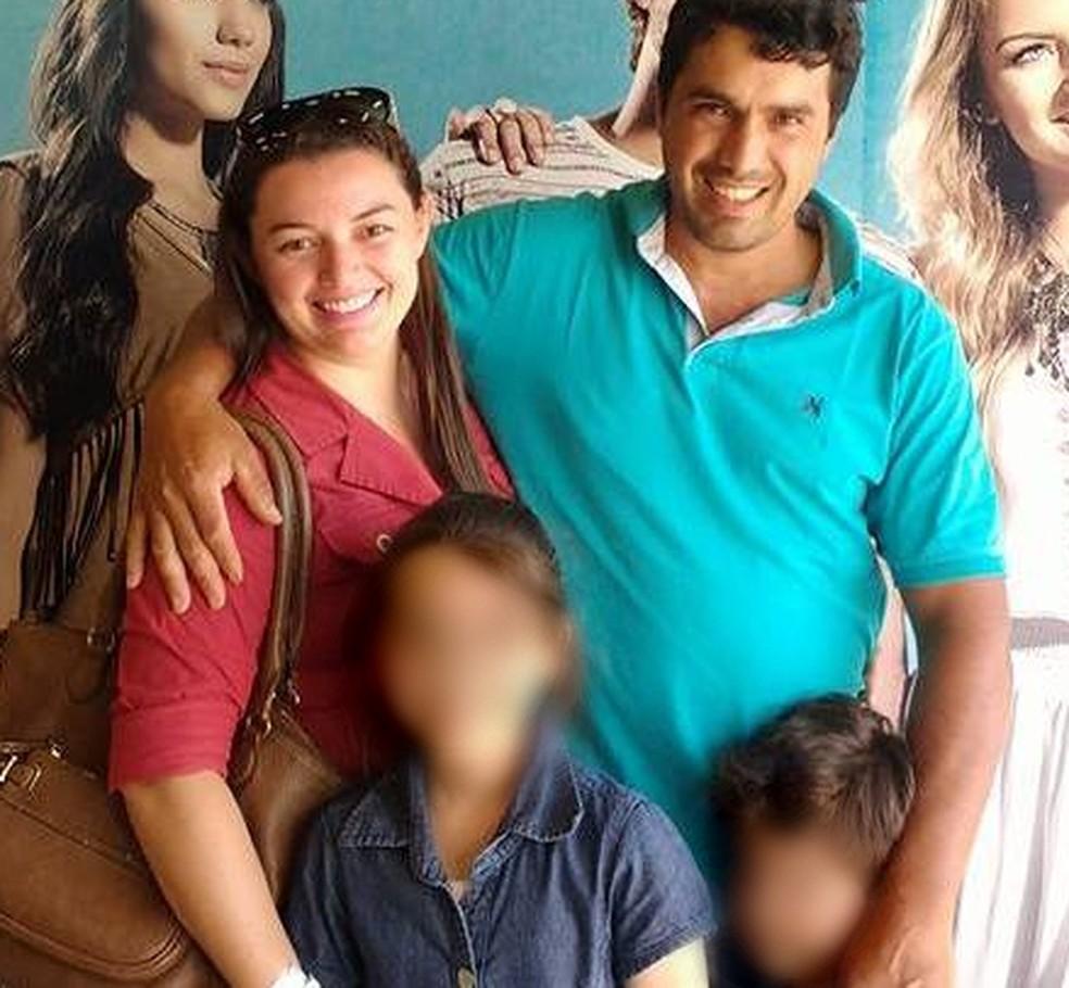Marido não teve chances de se despedir, pois não pode ir até o Amazonas enterrar a esposa — Foto: Arquivo pessoal